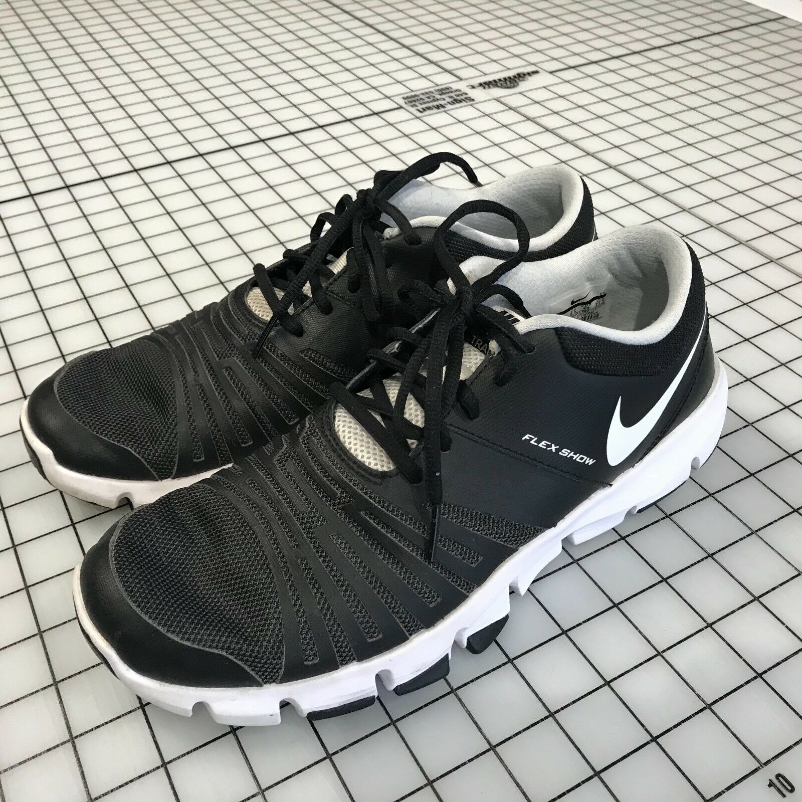 Nike Men's Flex Show TR 5 Training Shoe Black/White/Pure Platinum US 9.5