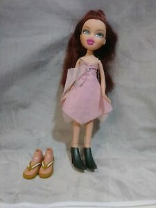Brats-Doll-pink-dress-auburn-hair-extra-shoes