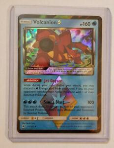 31//131 Holo Rare Sun /& Moon Forbidden Light NM Pokemon Volcanion Prism Star