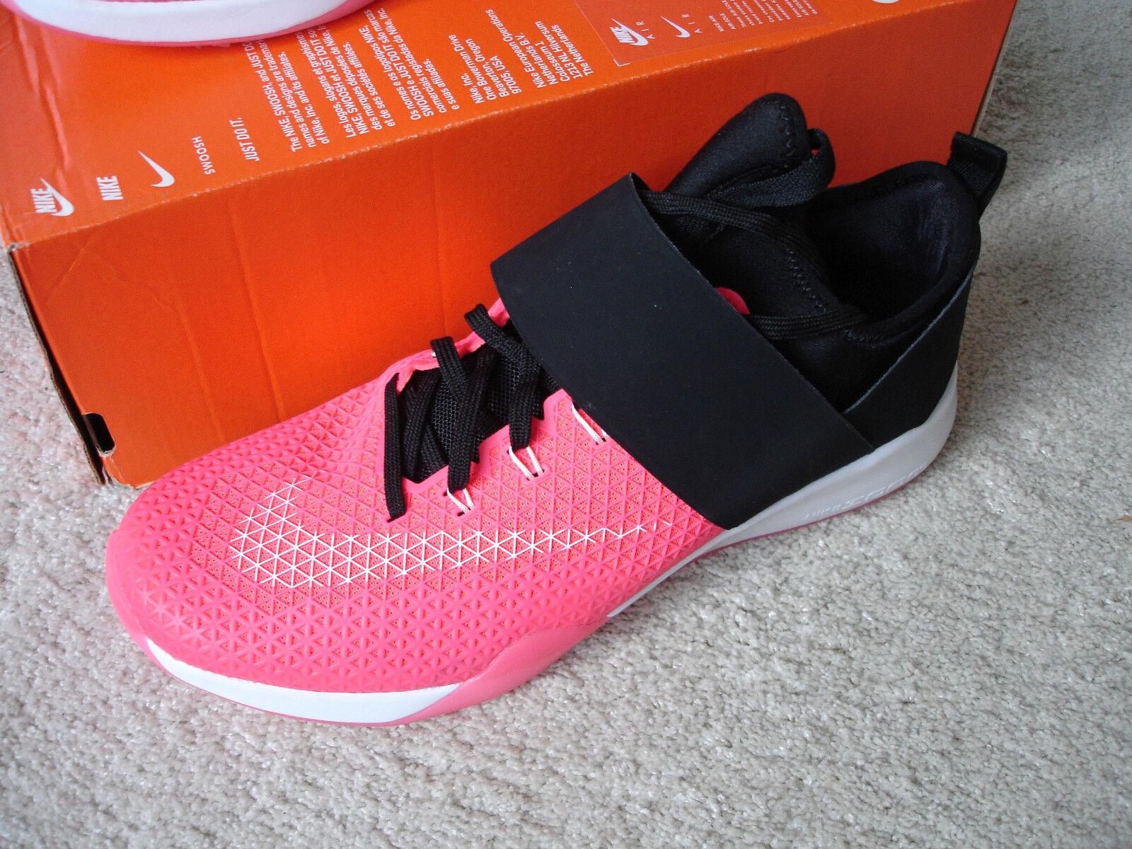 Nike WMNS Air Zoom Strong Gr. 40,5 Turnschuhe Freizeitschuh Laufschuh Neu ovp