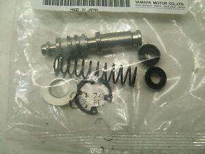 OEM-Yamaha-Master-Cylinder-Rebuild-Kit-5NY-W0041-01