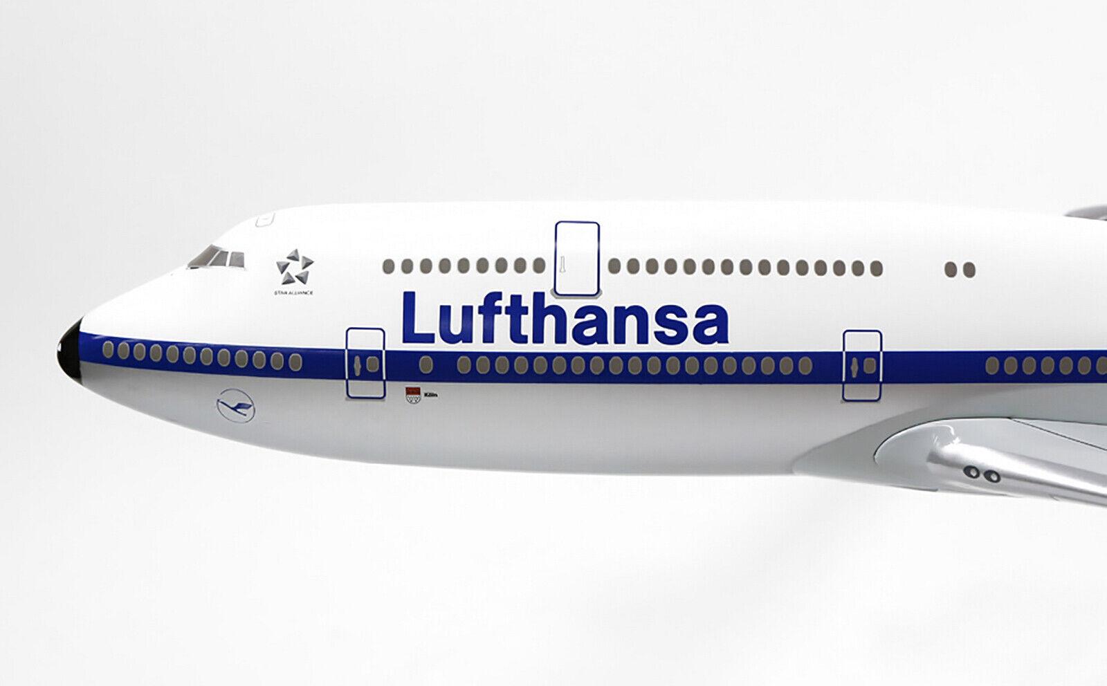 Lufthansa Boeing 747-8 1:200 Limox Wings LW200DLH003 B748 D-ABYA New Livery LH