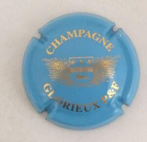 6. contour mauve Capsule de champagne CHARPENTIER Yvan