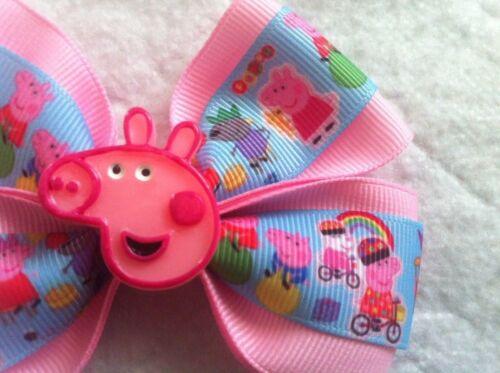 "Girls Hair Bow 4/"" Wide Cartoon Pig /& Friends Pink Grosgrain Ribbon AlligatorClip"