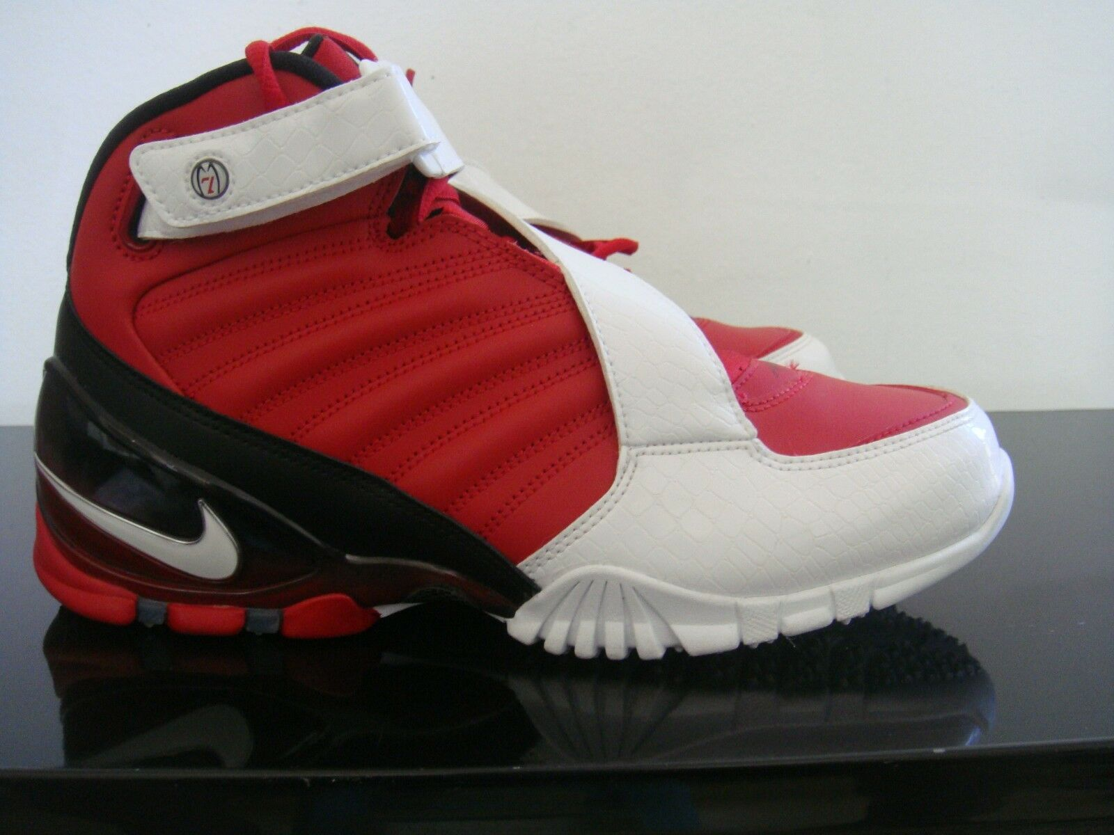 NIKE ZOOM VICK 3 III VARSITY RED/WHITE/BLACK SHOES 832698-600 SIZE 9 Brand discount