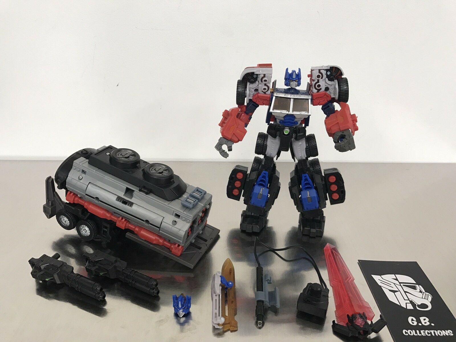 Transformers Maketoys Battle Tanker Add-On Kit w  Optimus 99% Complete
