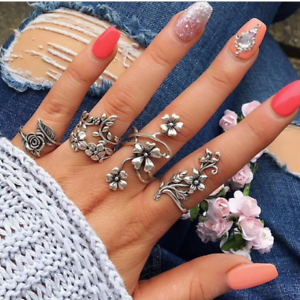 4 Pieces New Fashion vintage ruban couleur feuilles de vigne Fleurs Ring Set for Women