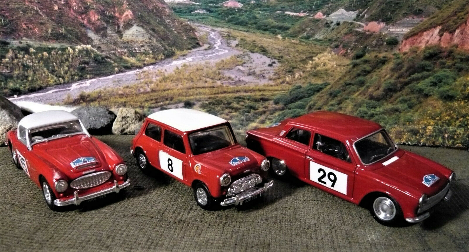 Corgi Spielzeugs 97709 Alpine Rally set. Cortina Mini Healey. Jahr. NEW