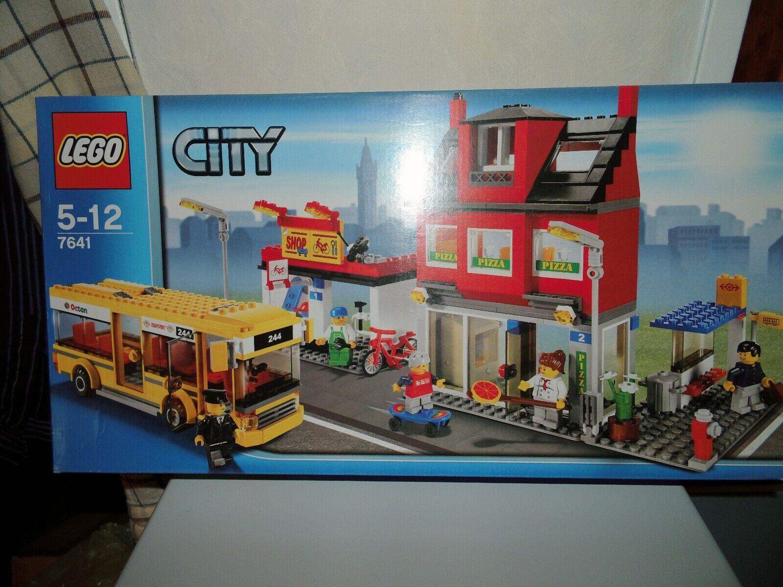 Lego 7641 City Stadtviertel mit Bus