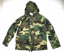 NWT US ARMY ECWCS WOODLAND GORE-TEX COLD WEATHER PARKA - MEDIUM REGULAR