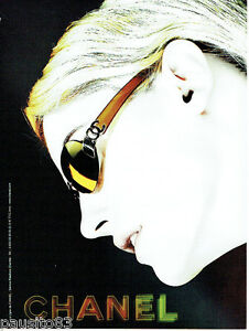 PUBLICITE ADVERTISING 125  2002  CHANEL collection lunettes femme