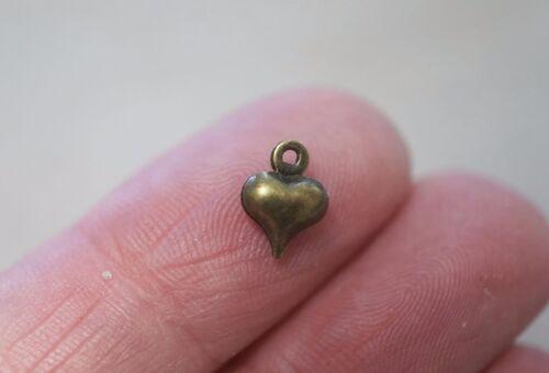 6 mm 20 minuscules petits Antique Bronze Couleur soufflé Coeur Charms