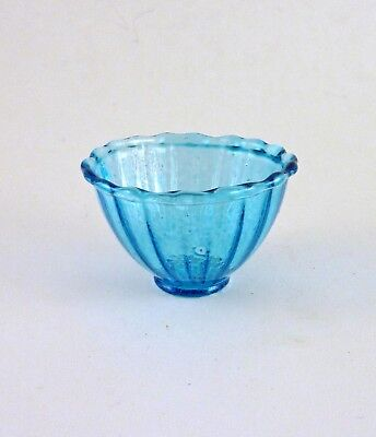 HB014 Dollhouse Miniature Clear Ribbed Bowl