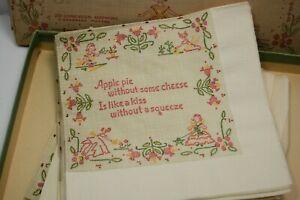 Vintage-luncheon-NAPKINS-Sampler-paper-aged-w-box