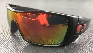 OAKLEY-BATWOLF-MATTE-BLACK-w-POLARISED-FIRE-RED-Lense-w-METALLIC-RED-icons