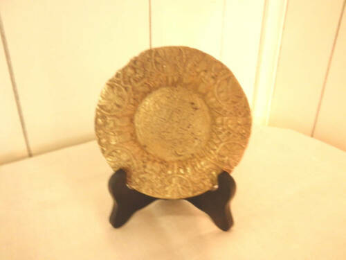 Black Wood Plate Stands in 5 Sizes