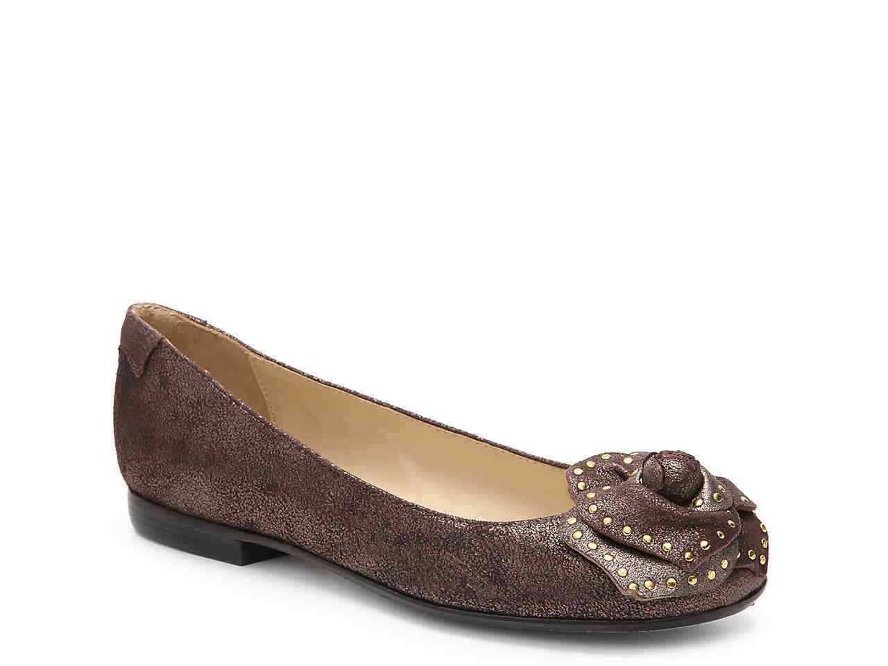4819da412e9860 Taryn Rose Babylone Clou Marron Brillant Brillant Brillant Chaussures  Ballerine Plates 7.5 | Conception Moderne d3a2a4