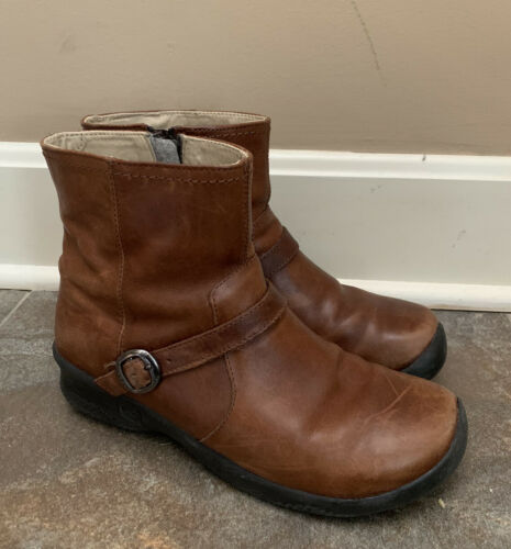 Keen Bern Ankle Inside Zip Boots Brown Leather 101