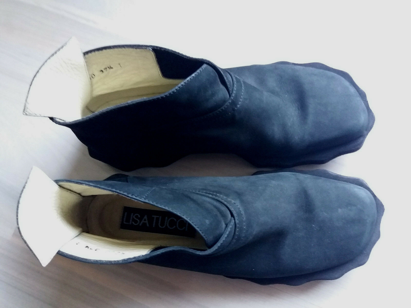 Lisa Tucci Chelsea Boots Gr.37,5