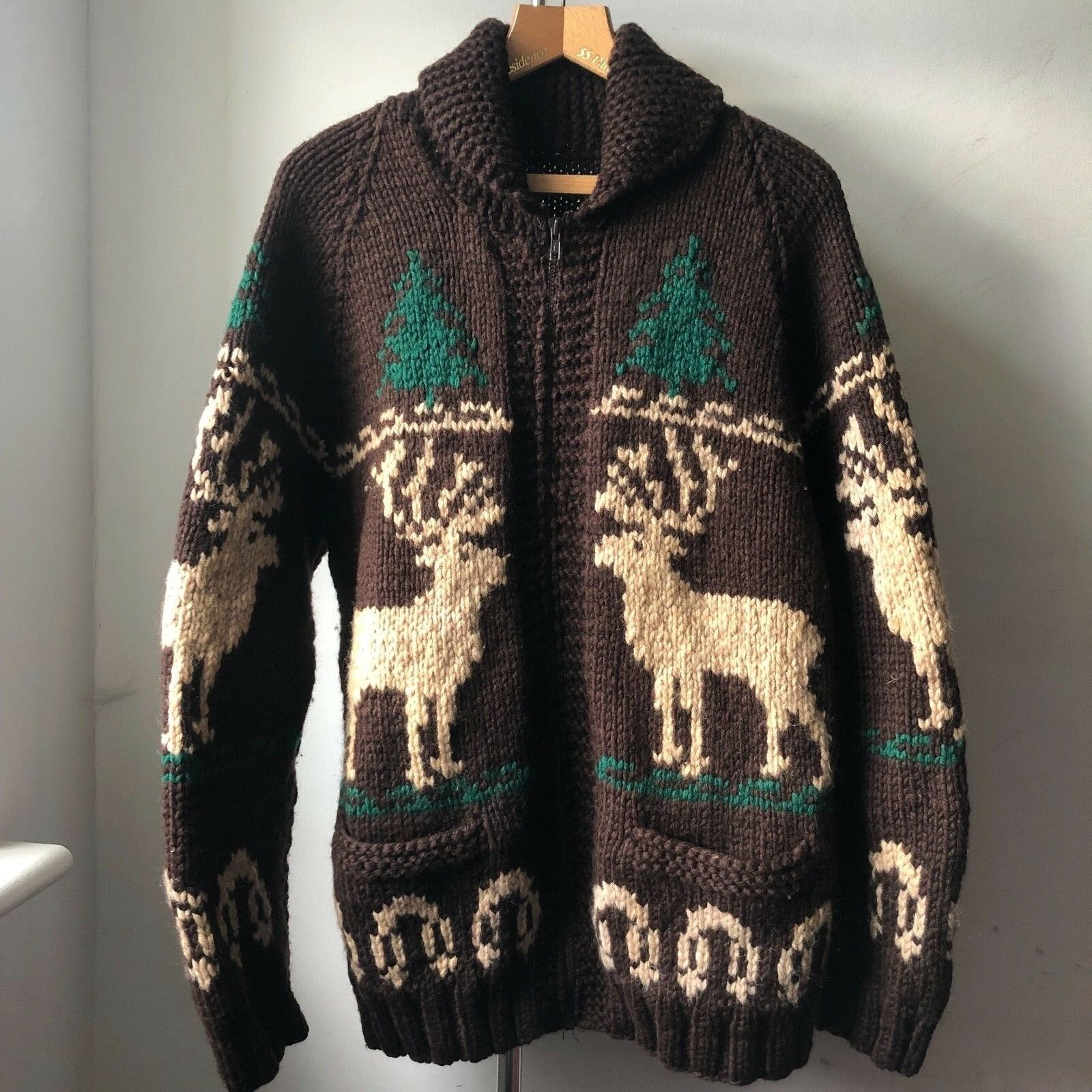 Very Cool very good quality Reindeer Chunky Knitted Wool Cardigan