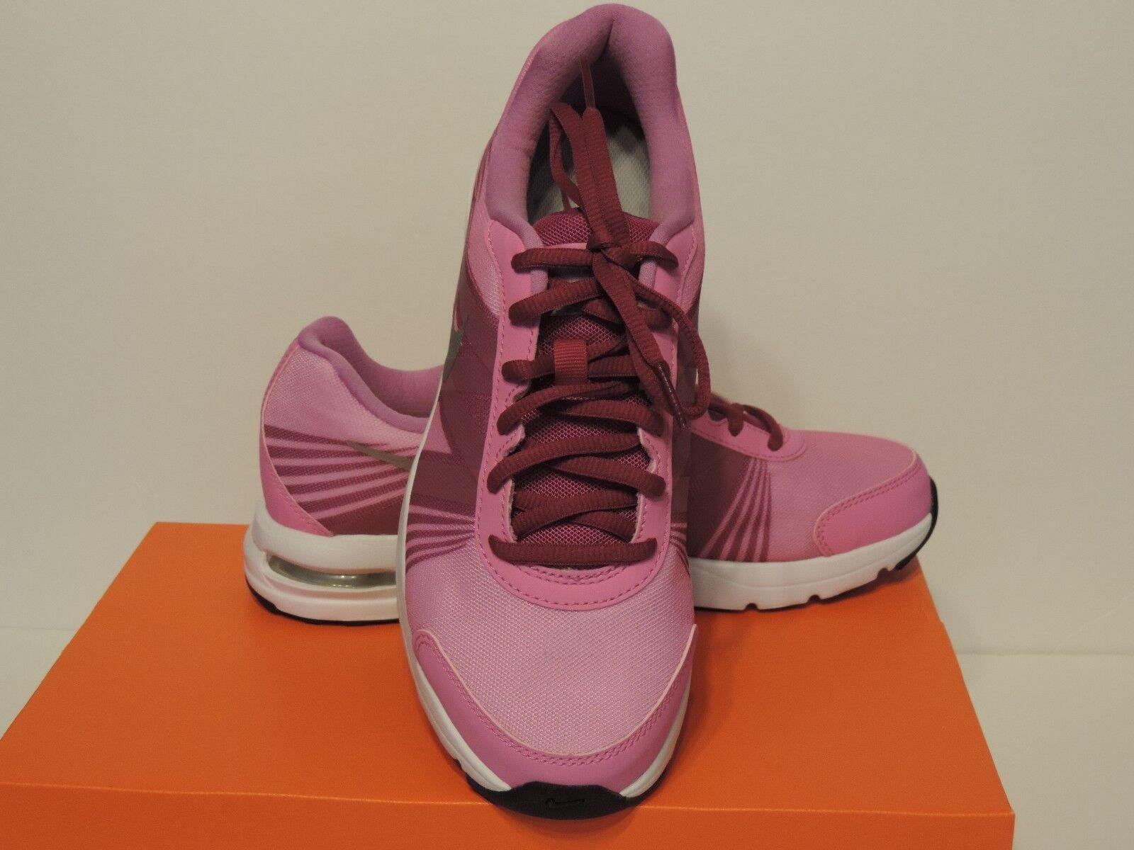 New nike Air Futurun 2 2 2 Running Shoe synthetic and mesh