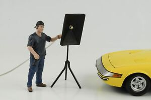 Figurine-Week-End-car-Show-Photographe-Homme-avec-Lumiere-1-18-American-Diorama