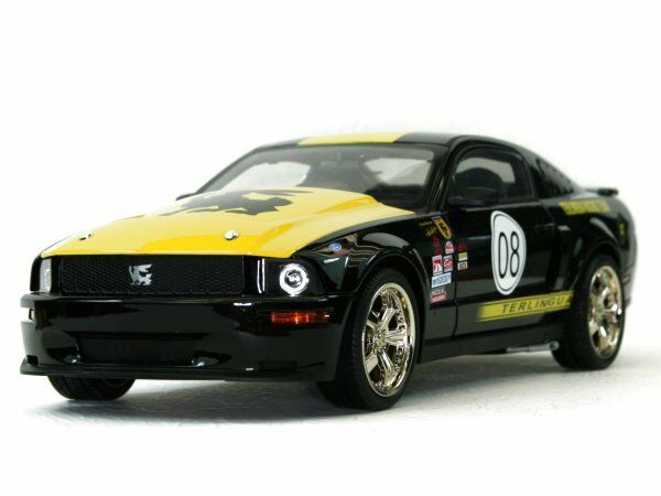 FORD Mustang SHELBY Terlingua 2008 Noir  SHELBY Collectibles 1:18 | Pas Cher