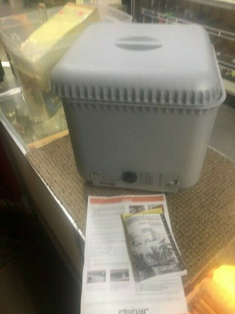 Claber 8053 Oasis Self Watering System distribution program unit new open box