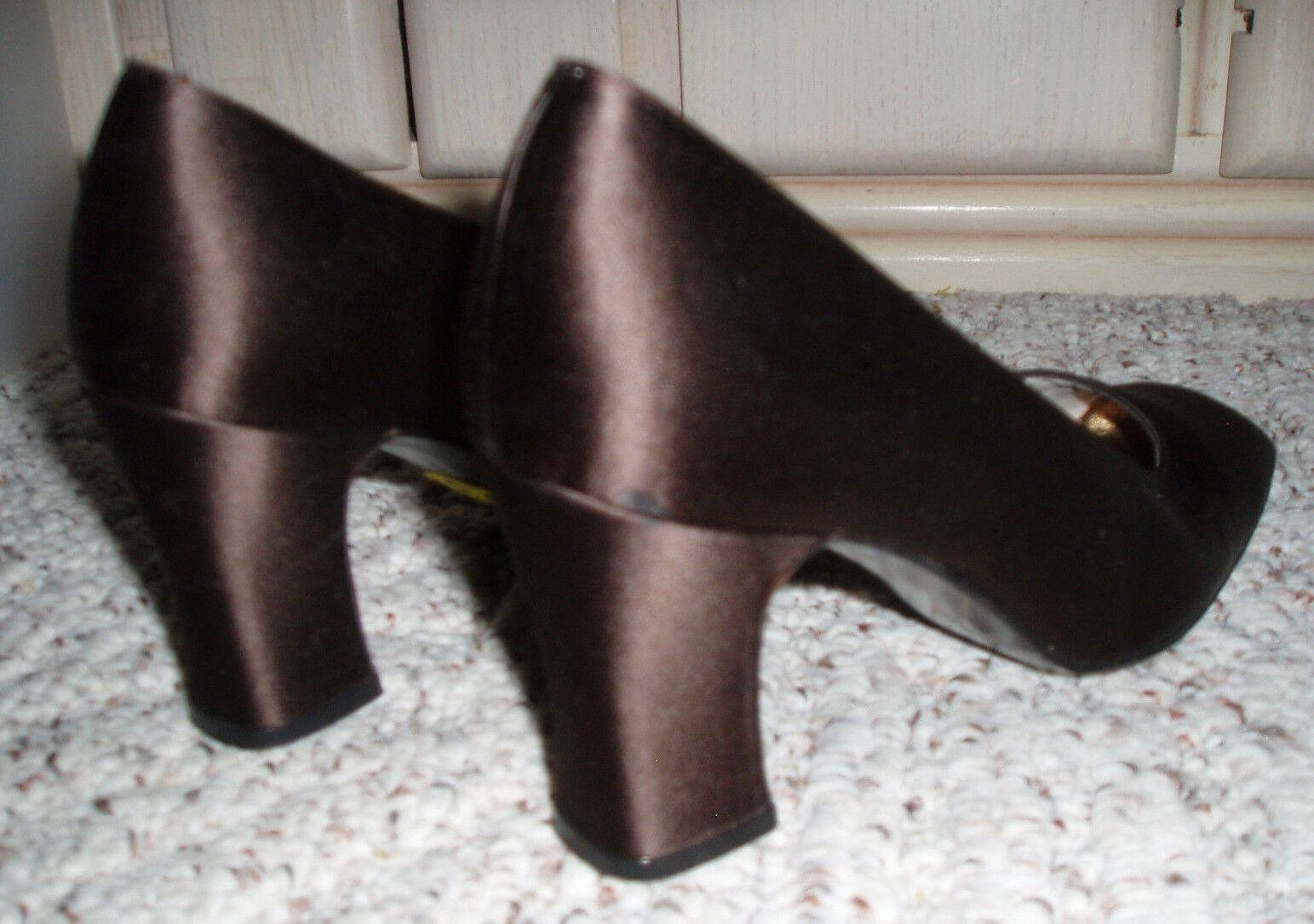 Vtg STUART WEITZMAN Satin Satin Satin Fabric High Heel Dress schuhebraunGröße 5.5 B 725e72