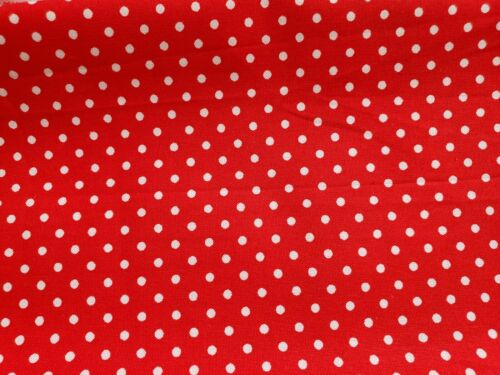 Crafts Quilting Small dot/'s on red Sewing Projects CottenFabric Scraps