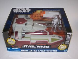Star-Wars-The-Clone-Wars-Remote-Control-Republic-Fighter-Tank-NIB