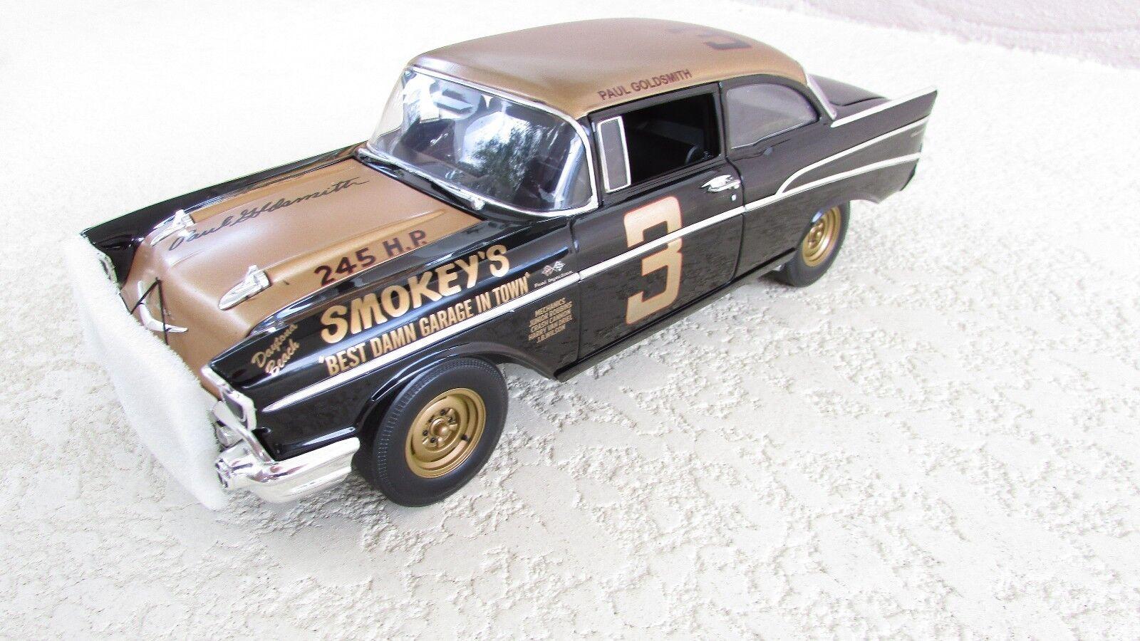 Acme 1 18 Smokey Yunick's  3 1957 Chevrolet Bel Air SIGNED version + 2005 Key