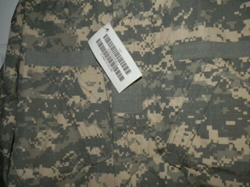 Mens XL ripstop camouflage Jacket cotton poly  wind resistant Digi-camo  8613