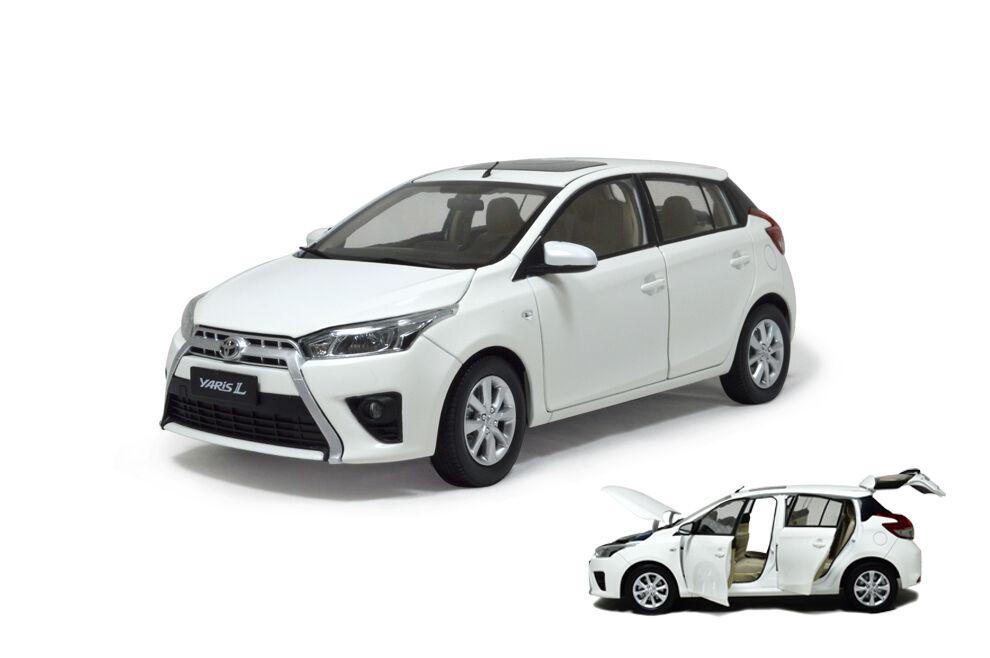 1 18 échelle  1 18 Toyota Yaris L 2014 blanc Diecast Voiture Modèle paudimodel  livraison gratuite et rapide disponible