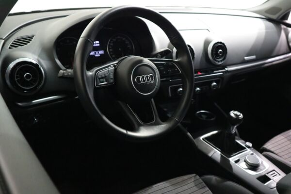 Audi A3 30 TFSi Sport SB billede 7