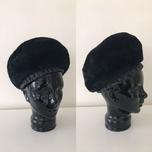 Ladies Vintage Christian Dior Chapeaux Beret Hat C