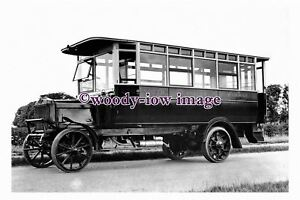 pu1291-North-Eastern-Railway-Bus-no-230-photograph