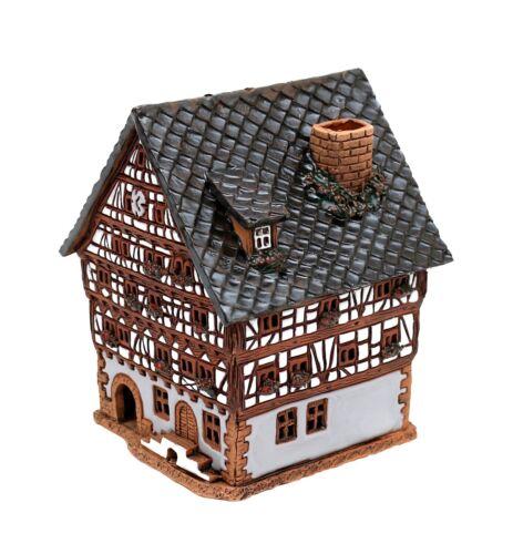 Keramik Teelichthaus Lichterhaus Fachwerk Wirtshaus Kneipe 13 cm 40563