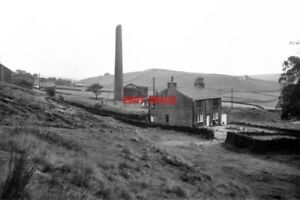 PHOTO-1964-TUNSHILL-VILLAGE-NEAR-MILNROW-LANCASHIRE-THE-REMAINS-OF-THE-FORMER-C