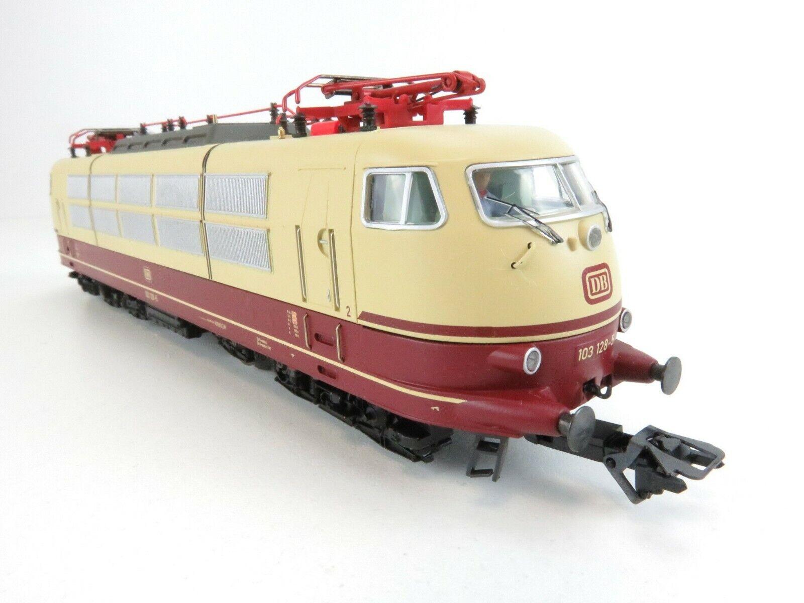 Locomotora eléctrica 37577 clase DB 103.1