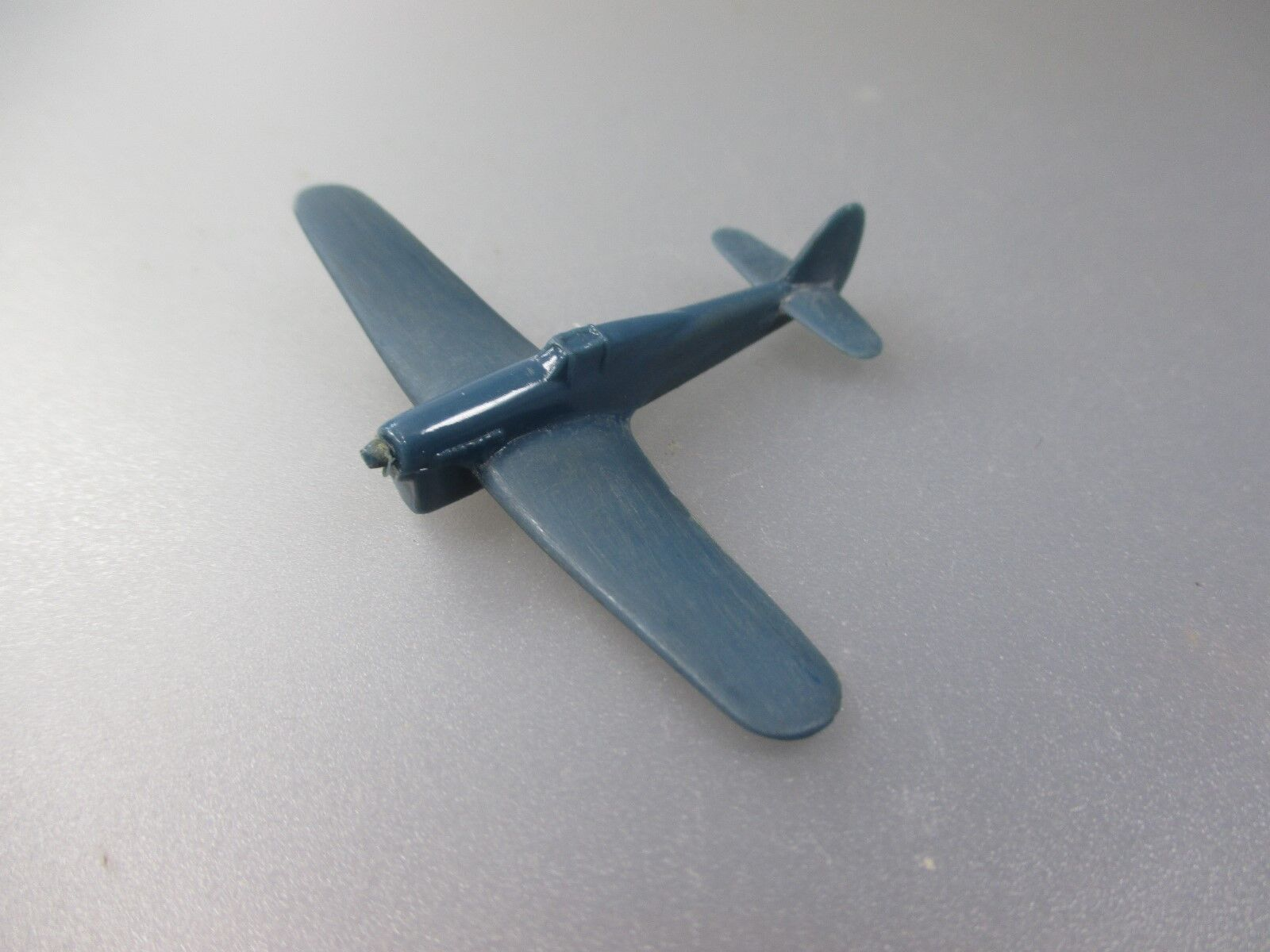 Wiking  avion e23  tyhoon  Tentative modèle échelle 1 200 (cisaillement 17)