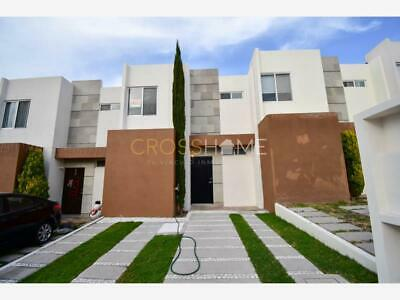Casa en Venta en   El Mirador (Fracc.)