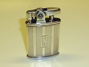 RONSON-STERLING-SILVER-POCKET-LIGHTER-U-S-PAT-RIGHT-NO-19023-MADE-IN-U-S-A