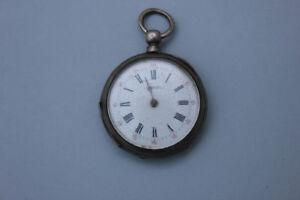 Silberne-Taschenuhr-mit-Schluesselaufzug-19-Jahrhundert