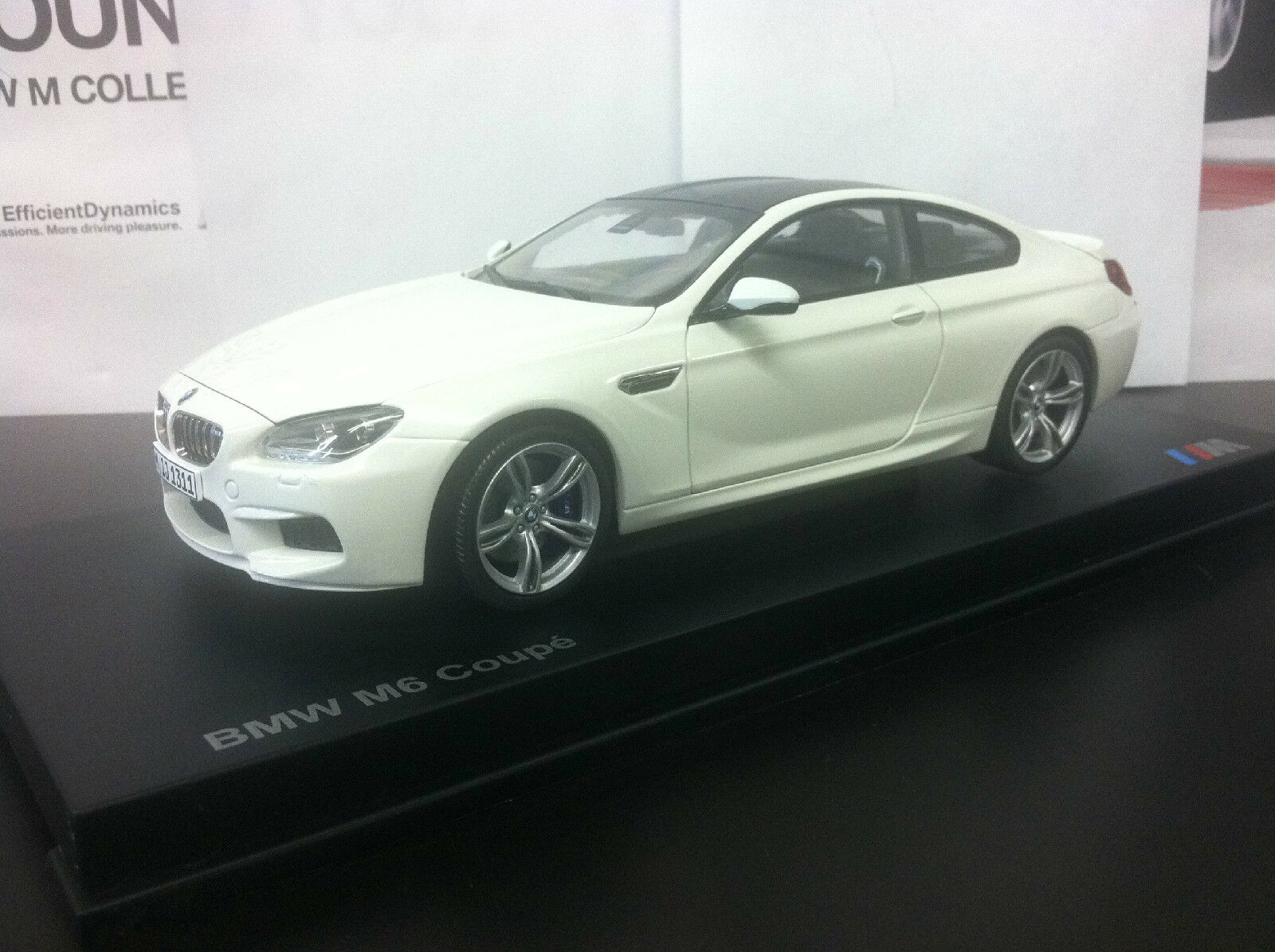 2013 BMW M6 F13 Coupe  Alpine bianca 1 18th    Factory BMW Diecast