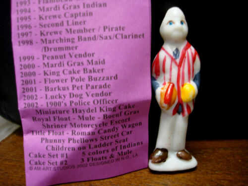 2002 Haydel/'s king cake doll LUCKY DOG VENDOR  Mardi Gras New Orleans haydel