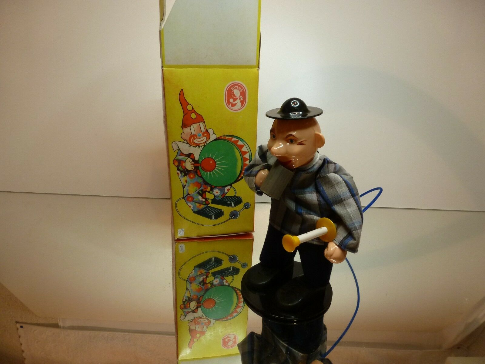 VINTAGE SONNI MACHANICAL DRINKING CLOWN - H21.0cm - VERY GOOD CONDITION IN BOX