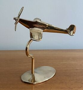 Vintage-WW2-Solid-Brass-Model-Of-A-Spitfire-Aeroplane-On-Stand
