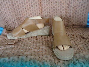HUSH-PUPPIES-Belize-Size-12-Ladies-LEATHER-Espadrille-Wedge-Sandals-Tan-NEW-3292
