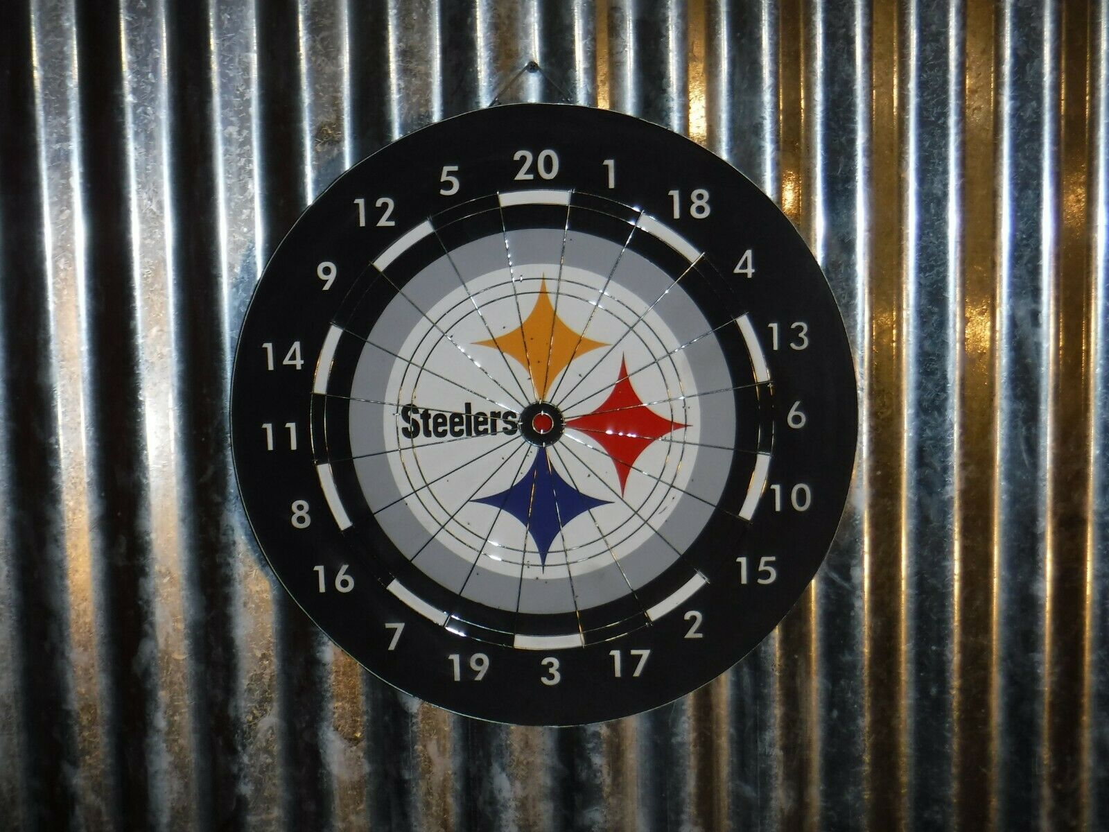 Pittsburgh STEELERS Football Darts Game Reversible Dart Board Excellent Condit